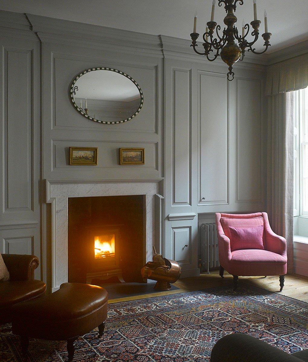Jackie McWeeney - Brabant Court Lounge